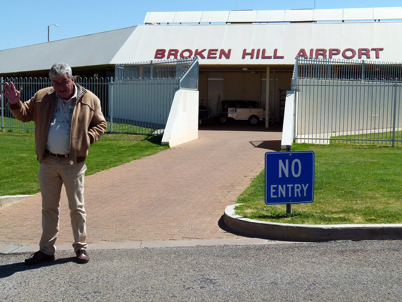 GA at Broken Hill Airport, NSW.