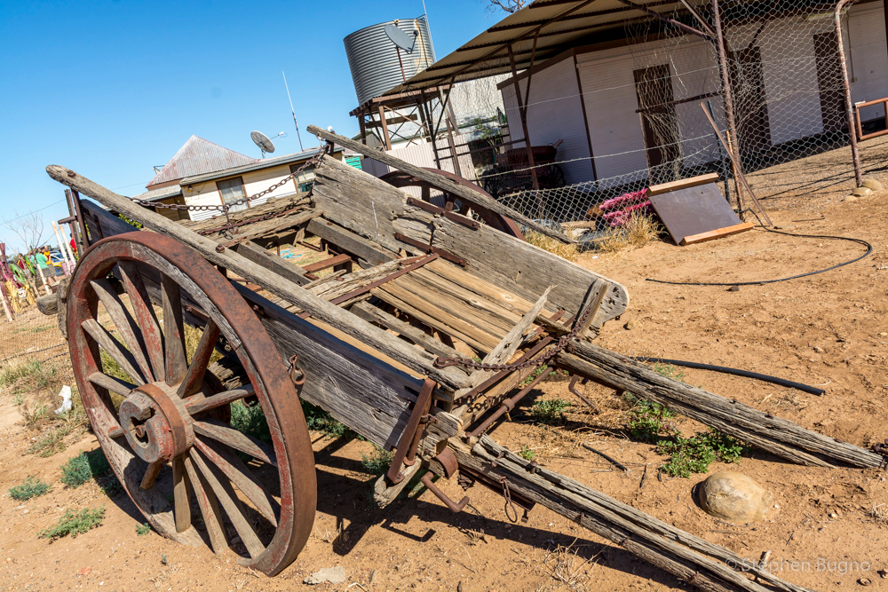 Middleton, QLD. Pop. 2