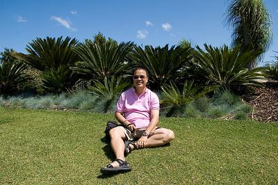 Tuấn at Hunter Gardens Hunter Valley - NSW Australia - 29 Sep 2005