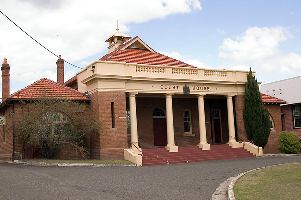 Court House Cessnock - NSW Australia - 29 Sep 2005