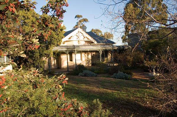 Real estate Tamworth, New South Wales Australia - 17 Jun 2006