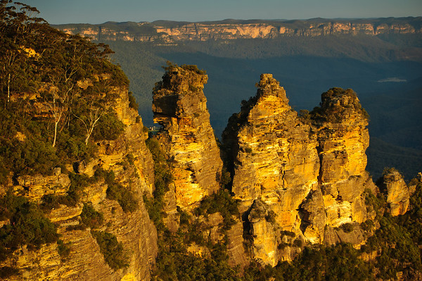 The Three Sisters The Blue Mountains Katoomba - NSW Australia - 5 Oct 2005
