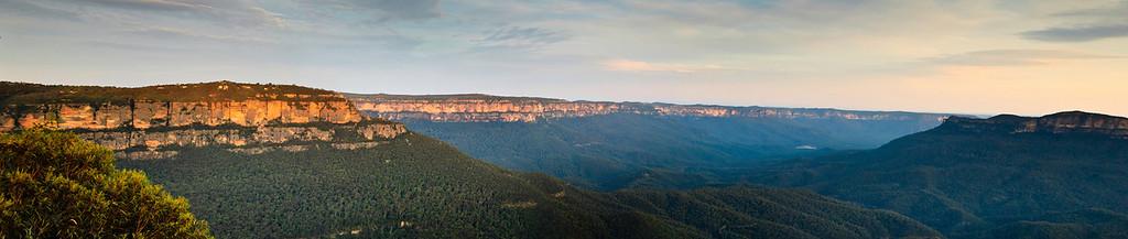 Canyon walls Jamison Valley Blue Mountains Katoomba - NSW Australia - 5 Oct 2005