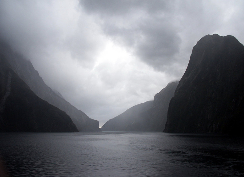 Fiordland National Park - Entrance