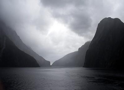Fiordland National Park - Entrance