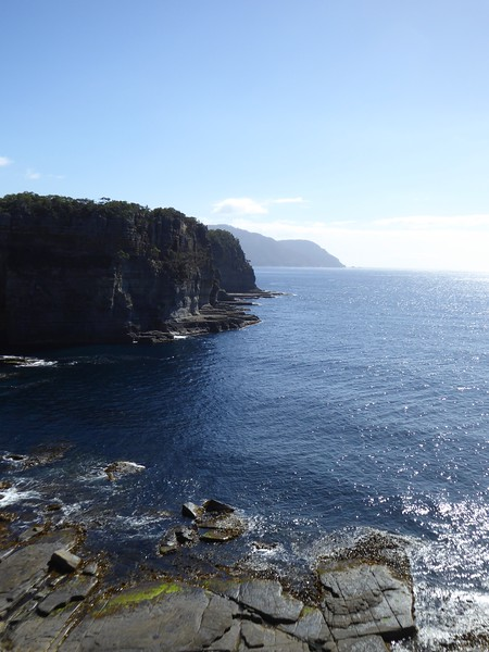 Coastal walk between Devil's Kitchen and Waterfall Bay