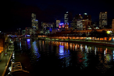 Downtown Melbourne Along Yarra River