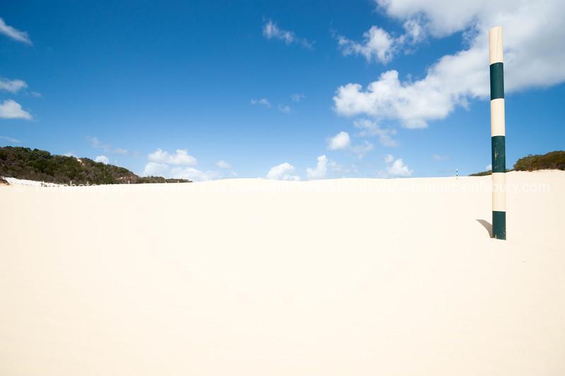 Lake Wabby sand blow, Fraser Island, Queensland, Australia.