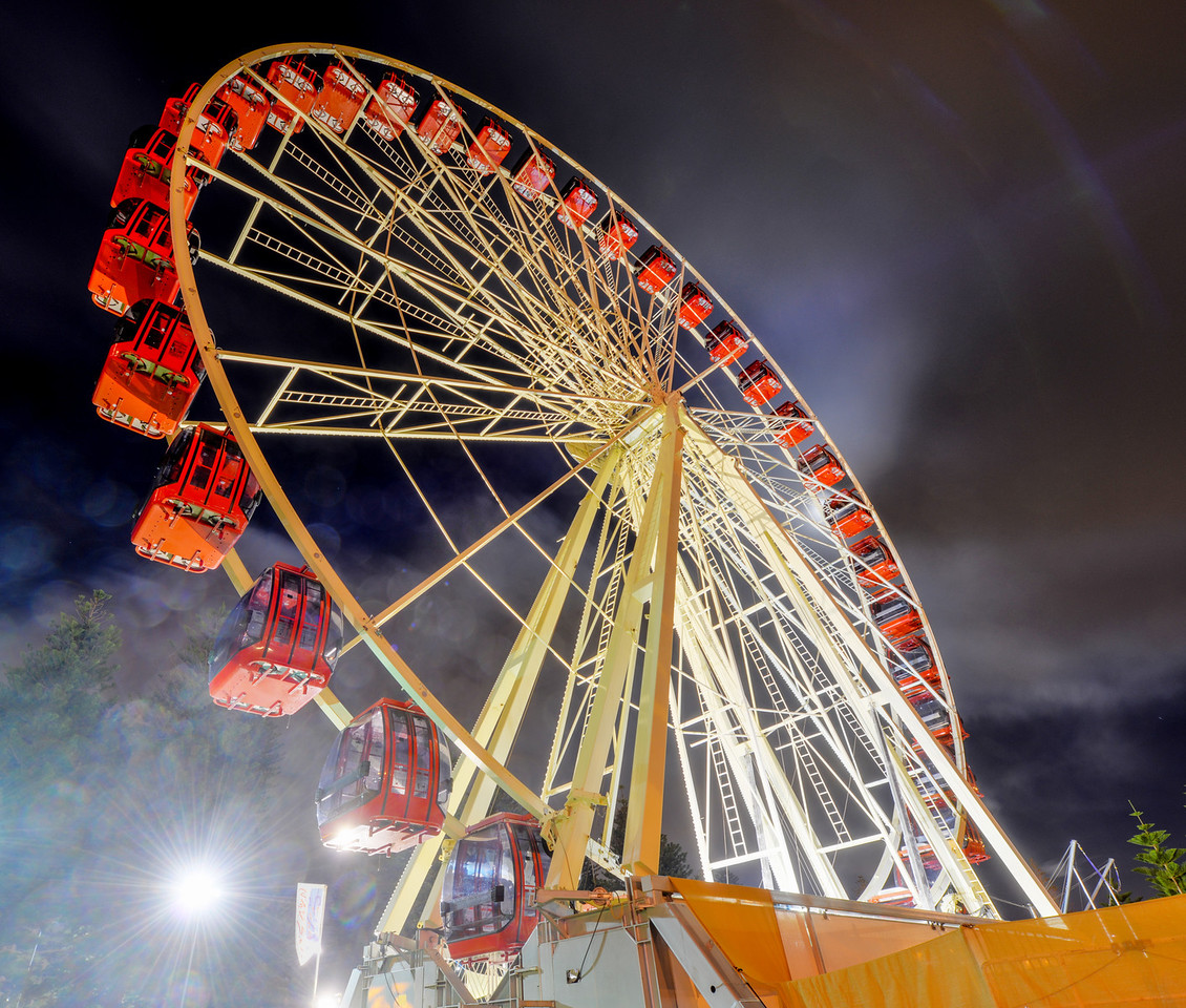 Skyview Wheel in Fremantle, Australia at night. Built in 2007 and 40 meters high.