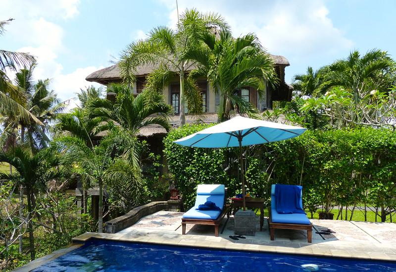 Shared private pool for Gangga and Yamuna suites, Alam Shanti
