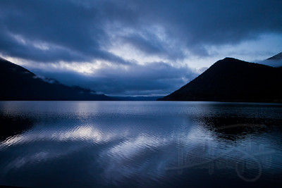 10.17.11 waking up to a open water beside an alpine lake in nz