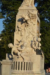 Mozart - left side of statue