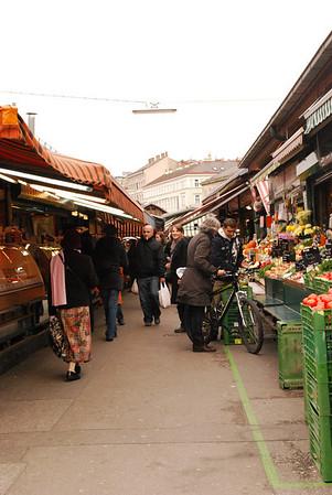 Linda at the Naschtmarkt