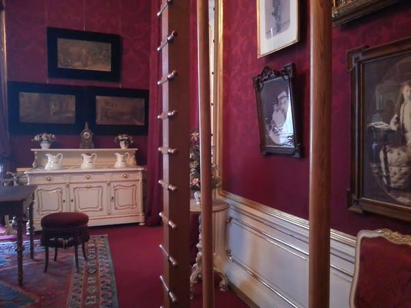 Hofburg (Imperial Castle): Royal Appartments, Elisabeths Exercise Room
