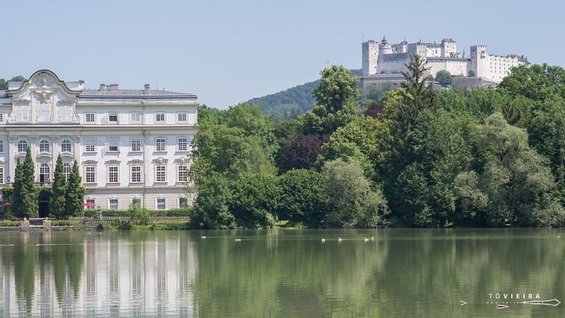 Palácio de Leopoldskron, Fortaleza de Hohensalzburg (ao fundo), Salzburgo, Austria