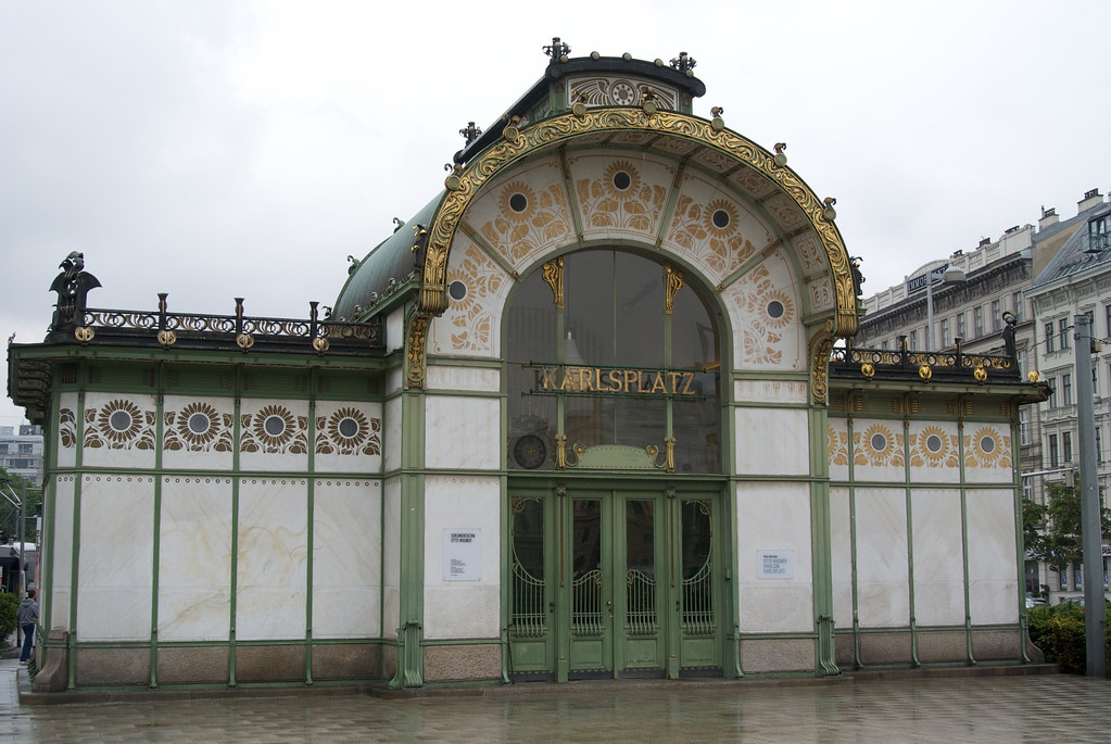 Vienna: Wagner's Karlsplatz Station in the rain