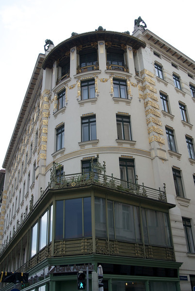 Vienna: Apartment block by Otto Wagner