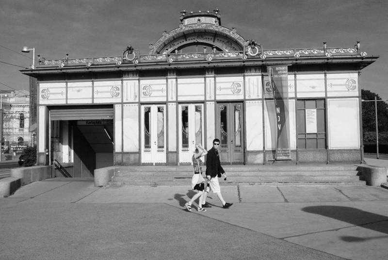 Vienna: Otto Wagner's Karlsplatz underground station