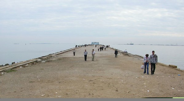 The long dock thingie from which dozens of people were fishing in the Caspian.