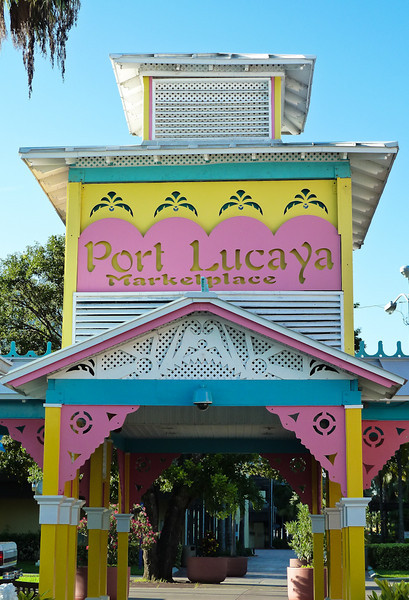 PORT LUCAYA MARKETPLACE-FREEPORT, BAHAMAS