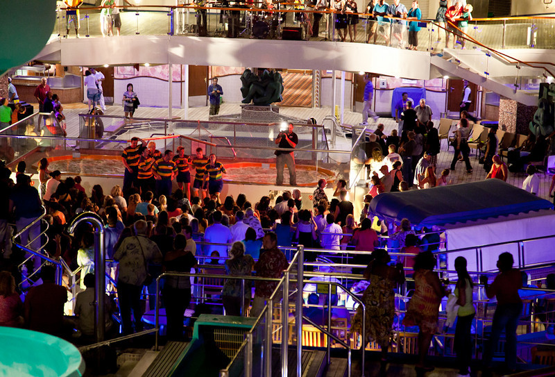 PARTY ON THE LIDO DECK