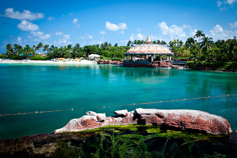BEACH AND OUTDOOR RESTAURANT-ATLANTIS