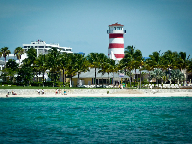 GRAND BAHAMA BEACH AND LIGHTHOUSE