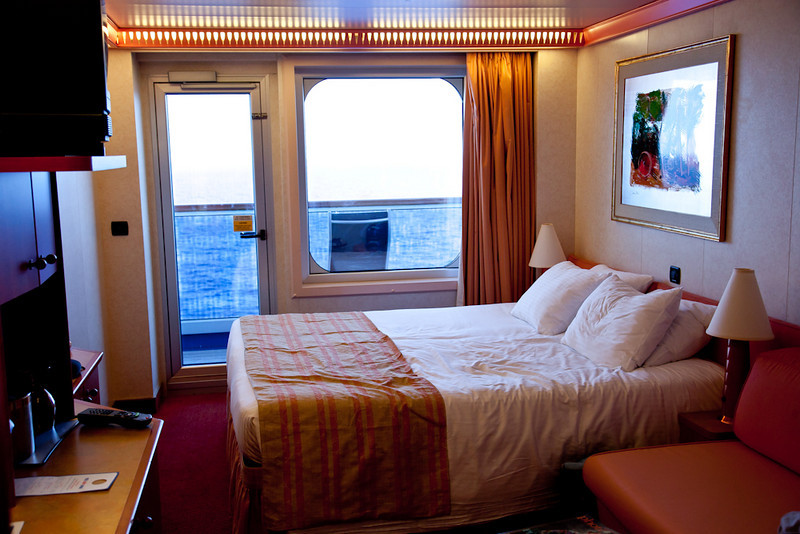 STATEROOM 1006 (DECK 10-FORWARD/ PORT PORTION OF SHIP)