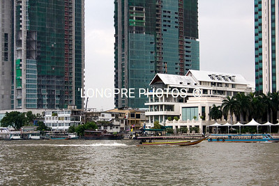 River in Bangkok..old with the new