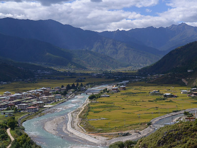 A view of Paro valley. Imagine flying a big Airbus plane in here.
