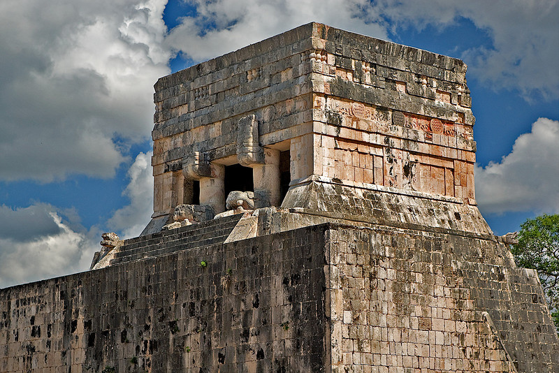 THE TEMPLE OF JAGUARS AT THE BALL COURT