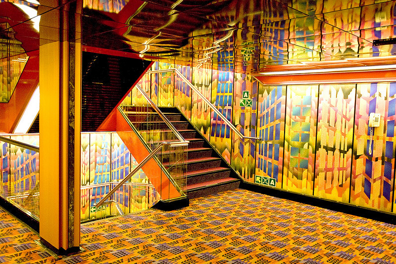 STAIRCASES ON THE ECSTASY