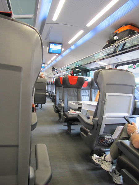 03-Inside the first class coach to Budapest.