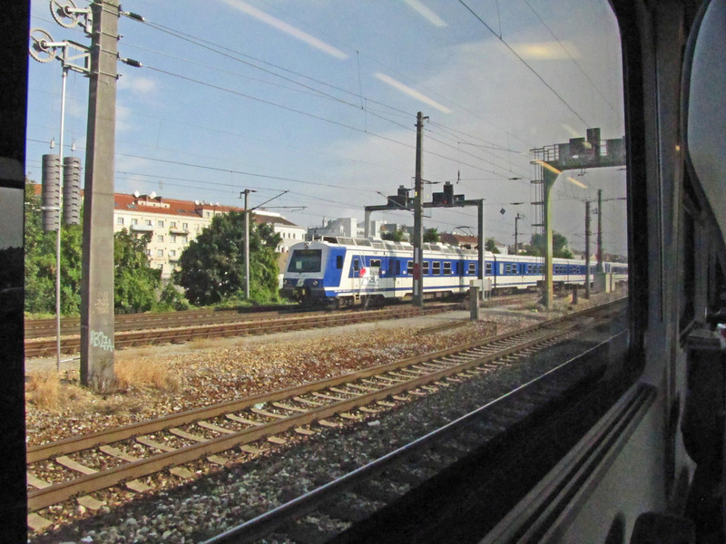 06-On the train, Wien to Budapest. Railjet seems to be an enterprise of the Austrian Government.