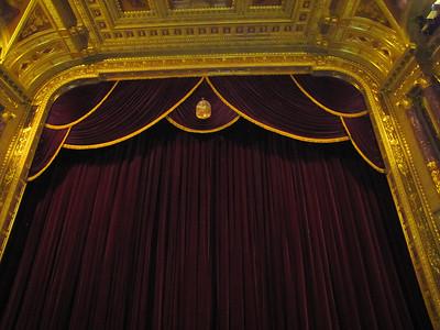 35-Proscenium arch