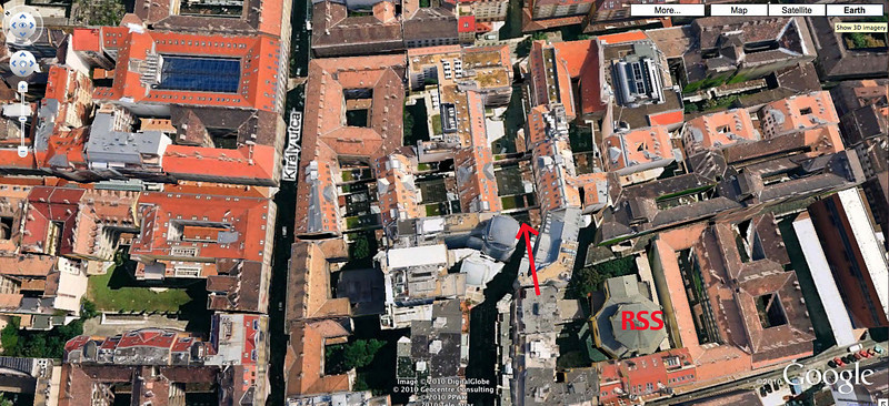 37-New courtyards (shown by arrow) in the old Jewish quarter. RSS is the Rumbach Street Synagogue. (Google Earth)
