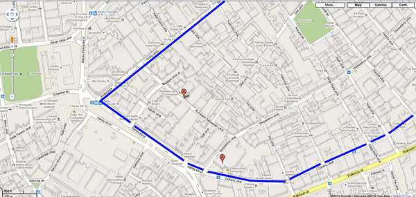 "06- Blue lines show Jewish Quarter. Two synagogues are shown by ""A"" symbol. (Google Maps)"