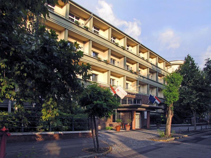 69-Mamaison Hotel