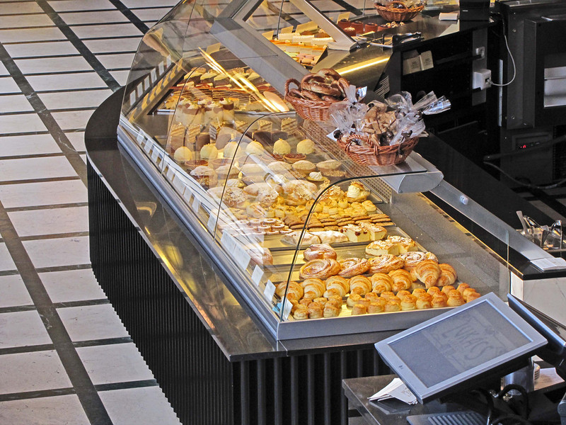 03-Lukacs. Yes, the pastries were great!