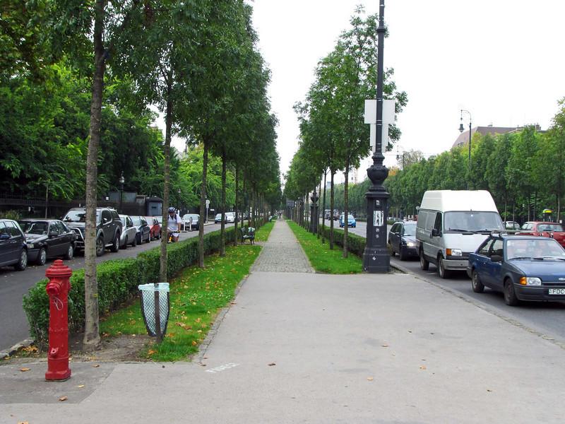 01-Andrassy Blvd near my hotel on a gray morning.