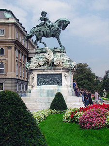 13-Eugen Savoyai, 1663-1736. Commander of the army that liberated Hungary from Turkish rule in 1686.