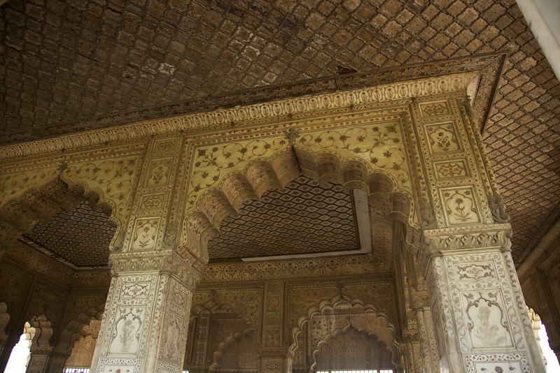 Courtyard of the Diwan-i-Aam, the large pavilion for public audiences. The columns were painted in gold and there was a gold and silver railing separating the throne from the public.
