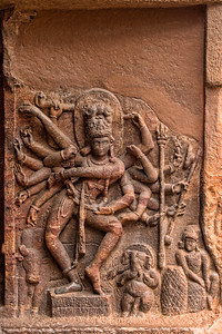 18 armed lord Nataraja covering all 81 dancing poses in BharataNatyam.