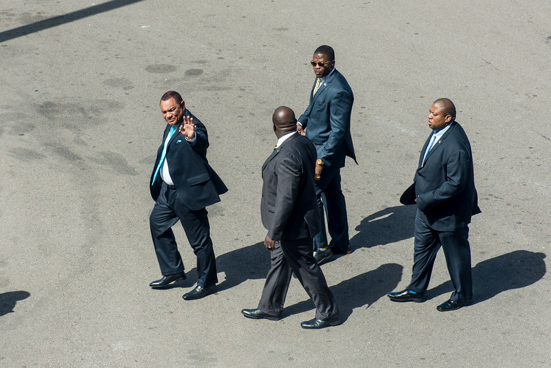 Prime Minister of Bahamas (Perry Christie in blue tie) prepares to meet the President of Guyana at the Nassau Airport.  March 2, 2017.