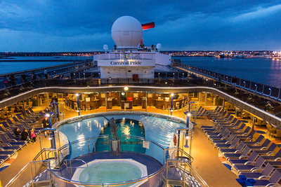 Carnival Pride   Carnival Pride Highlights      2124PASSENGER CAPACITY     930ONBOARD CREW     963LENGTH IN FEET