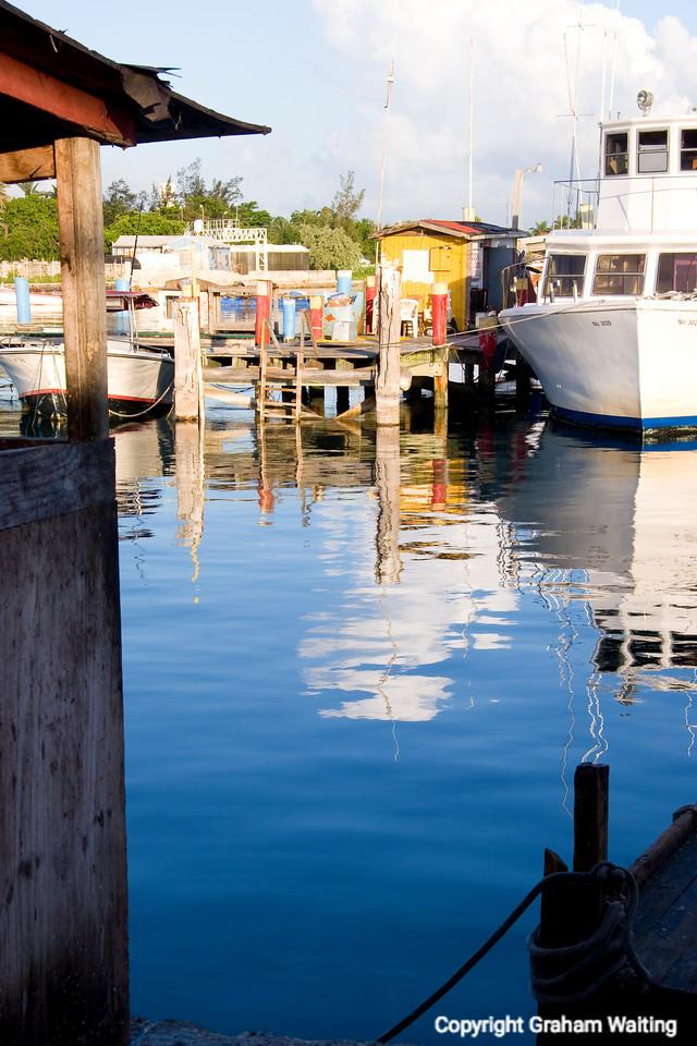 Potters Cay, Nassau