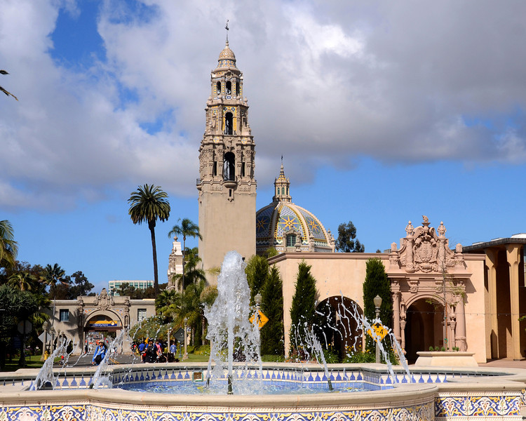 The Plaza de Panama fountain and California tower in Balboa Park, San Diego, California.