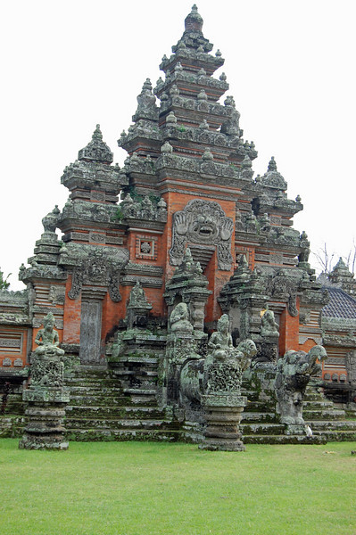 As our driver said, Bali is the place with a million temples. In the home compound alone, they have a house temple and a family temple. Outside the home there are school temples, business temples, community (neighborhood) temples and then the main village temple.