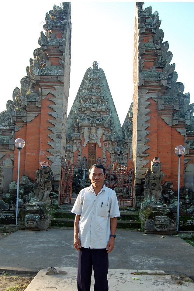 Ketut in front of his temple in Sukawati.