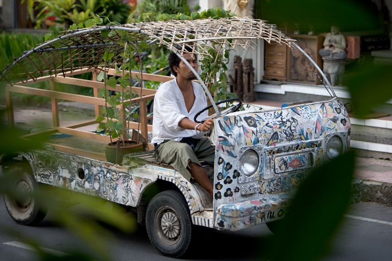 Bizarre cars in Ubud.